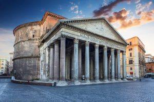 Il pantheon il tempio di tutti gli dei, turisti a Roma